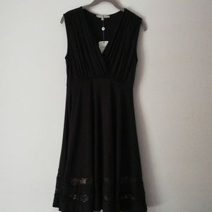 Kimi+Kai Maternity black Dress
